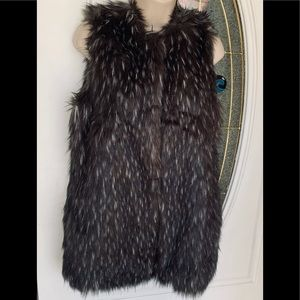 Trouve Shaded Gray Faux Fur Long Pocketed Vest